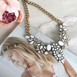 hwl boutique Jewelry - White Statement Necklace